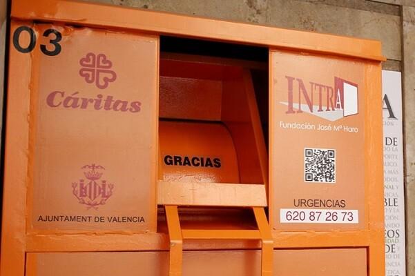 Valencia duplica el número de contenedores de ropa usada.