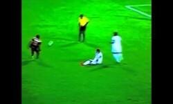 Jugador colombiano es 'poseído' en pleno partido