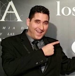 Óscar Navarro.
