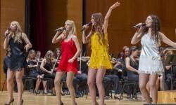 'ABBA Sinfónico' repasa en el Palau de la Música los éxitos de mítica banda sueca.