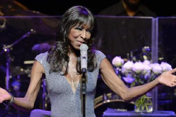 A los 65 años, murió la cantante Natalie Cole.