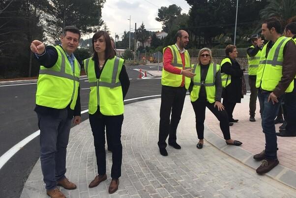 Aguar y Peris reconocen las obras de mejora de la carretera que une Gandía con Barx.