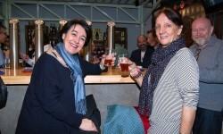 Bierwinkel reune a empresarios, políticos, artistas, y cerveceros en la presentación de Zeta Beer (6)
