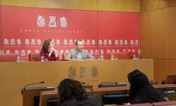 Ciudadanos propone una comisión en favor del trilingüismo y otra para solucionar la pobreza en la Comunitat.