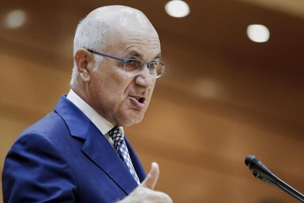 Duran Lleida presenta su dimisión como presidente de Unió Democràtica de Catalunya.