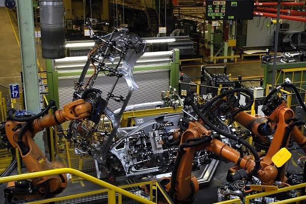 El Índice de Producción Industrial crece un 7,7 por ciento en la Comunitat en noviembre.