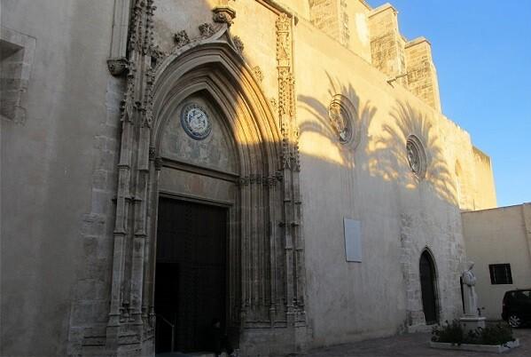 El Real Monasterio de la Santísima Trinidad de Valencia reabre sus puertas al público.