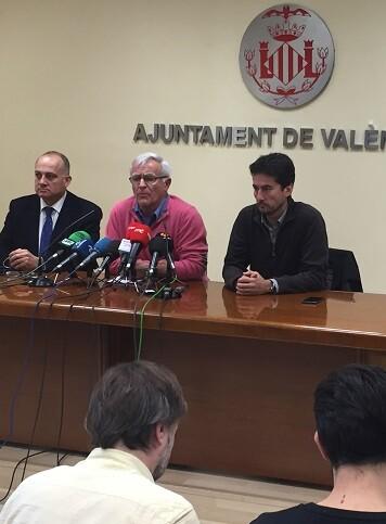 El equipo de Gobierno pide dimisiones, ceses y expedientes disciplinarios.