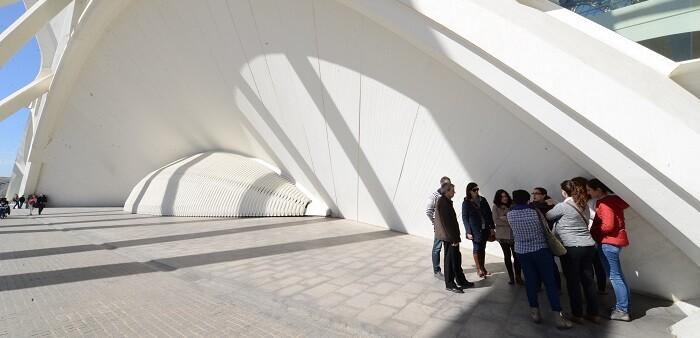 En las estructuras de arcos, en las entradas este y oeste del Museu, dos personas ubicadas en cada uno de los extremos opuestos pueden mantener una conversación. (Foto-Valencia Noticias).
