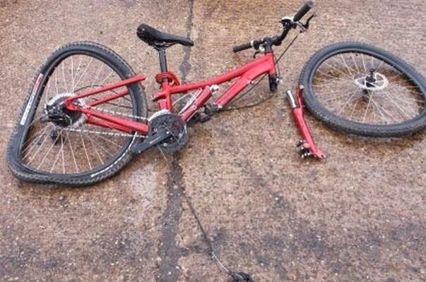 Fallece un ciclista mientras circulaba entre Novelda y Elda.