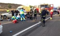 Fallece una mujer y otras tres personas resultan heridas en un choque frontal en Ondara.