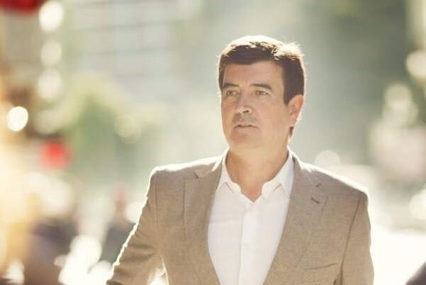 Fernando Giner (C's), 'Los políticos  debemos liderar la regeneración profunda de las instituciones'.