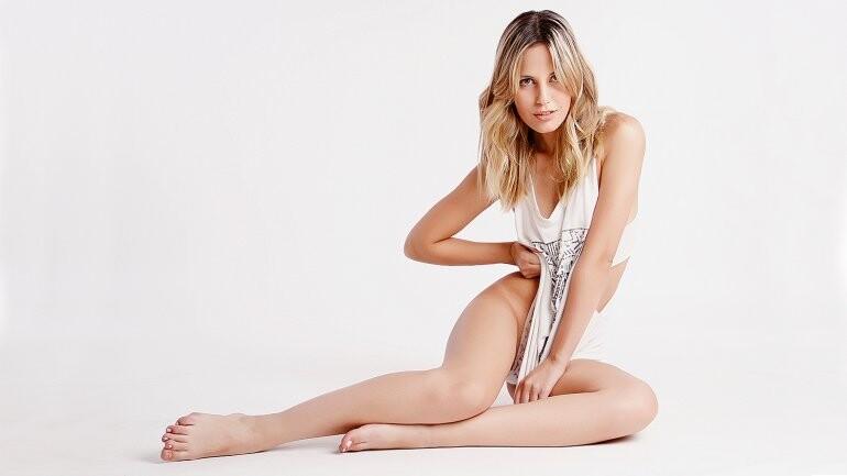 Florencia Charlliere al desnudo (1)