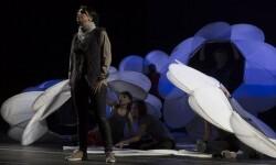 La Fura dels Baus reflexiona sobre la lucha entre pueblos y religiones con la ópera 'Samson et Dalila' en Les Arts. (Foto-Valencia Noticias).