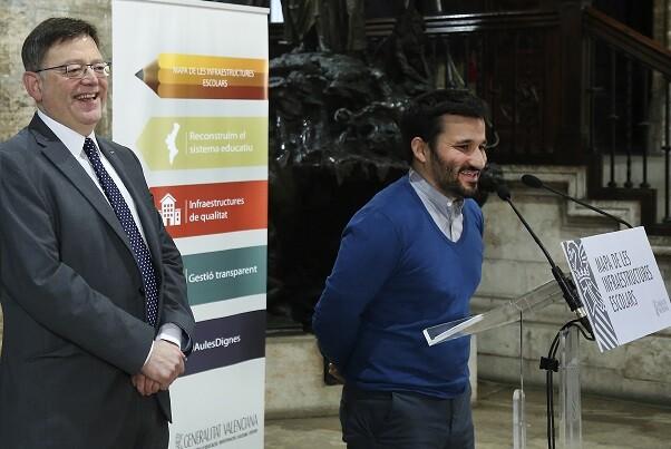 El President de la Generalitat, Ximo Puig, asiste a la presentación del Plan de Infraestructuras Educativas a cargo del conseller de Educación, Investigación, Cultura y Deporte, Vicent Marzà. 26/01/2016. Foto: J.A.Calahorro