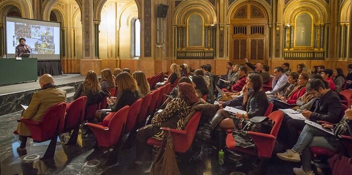 La sesión sirvió para conocer y debatir las causas que fomentan la desigualdad entre hombres y mujeres.