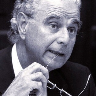 Manuel Broseta Pont.