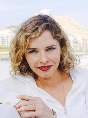 Marta Martín Llaguno.