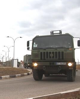 Salida de vehículos de la base militar de Bétera.