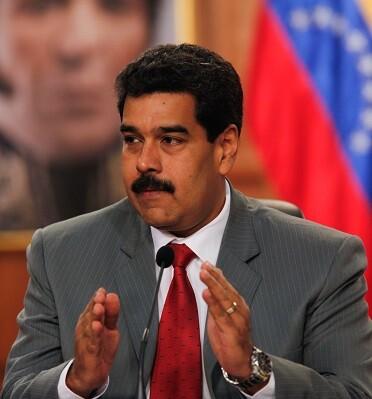Venezuela sufre una grave crisis económica, causada fundamentalmente por el desplome de los precios del petróleo.