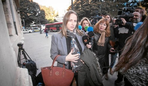 Mary Lyons fue condenada a la pena de multa, pero no abonó ninguna cantidad