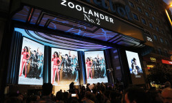 MADRID, SPAIN - FEBRUARY 1: General view of the Madrid Fan Screening of the Paramount Pictures film 'Zoolander No. 2' at the Capitol Theater on February 1, 2016 in Madrid, Spain. (Photo by Carlos Alvarez/Getty Images for Paramount Pictures)