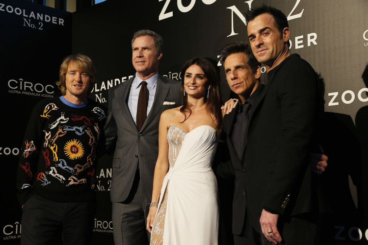 MADRID, SPAIN - FEBRUARY 01:  Owen Wilson, Will Ferrell, Penelope Cruz, Ben Stiller and Justin Theroux attend the Madrid Fan Screening of the Paramount Pictures film 'Zoolander No. 2' at the Capitol Theater on February 1, 2016 in Madrid, Spain.  (Photo by Carlos Alvarez/Getty Images) *** Local Caption *** Owen Wilson; Will Ferrell; Penelope Cruz; Ben Stiller; Justin Theroux