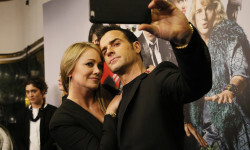 MADRID, SPAIN - FEBRUARY 01:  Christine Taylor and Justin Theroux attend the Madrid Fan Screening of the Paramount Pictures film 'Zoolander No. 2' at the Capitol Theater on February 1, 2016 in Madrid, Spain.  (Photo by Carlos Alvarez/Getty Images) *** Local Caption *** Christine Taylor; Justin Theroux