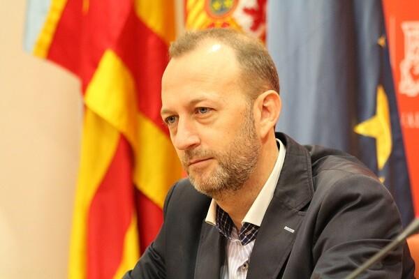 Alexis Marí Barberá debería dejar de forma inmediata el acta de senadora y dar explicaciones a todos los valencianos.