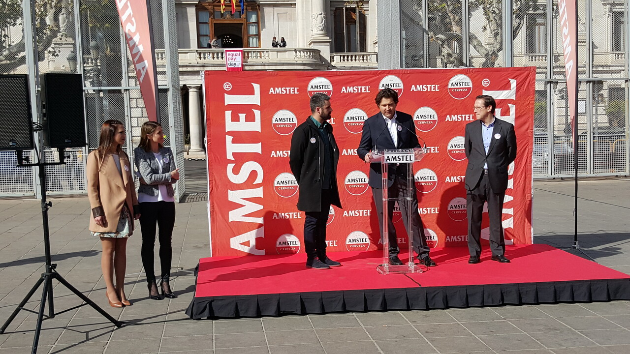Amstel con las Fallas 2016 primera mascletá el 29 , patrimonio inmaterial (30)