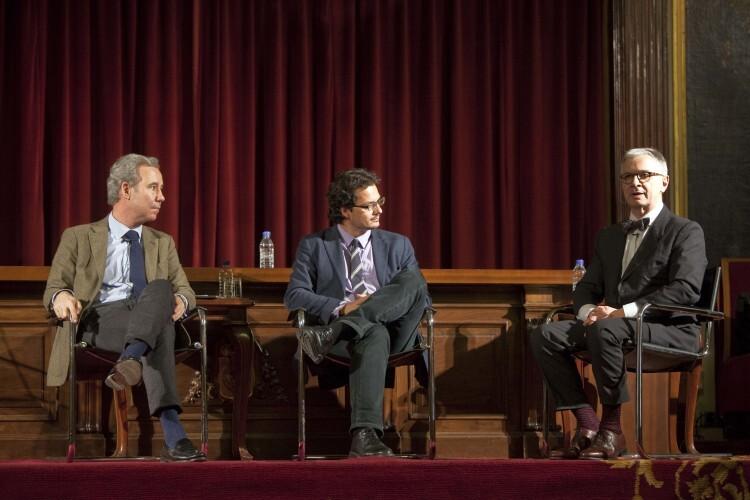 Areilza y Torreblanca llenan el paraninfo de la Nau invitados por la fundación Cañada Blanch para hablar sobre Europa y sus desafíos (12)