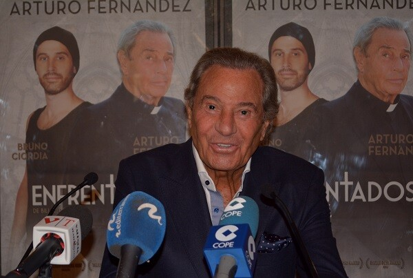 Arturo Fernández llega al Teatro Olympia con la comedia 'Enfrentados'. (Foto-R.Fariña-Valencia Noticias).