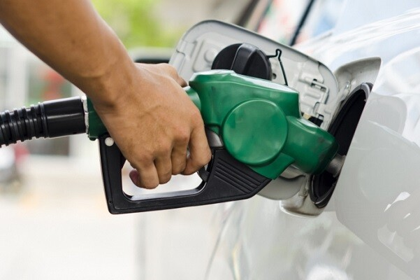 Baja el precio medio de la gasolina y se sitúa en mínimos de finales de 2009.