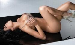 Carolina Petkoff, una conspiradora de la sensualidad (17)