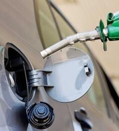 Con estos nuevos descensos, la gasolina acumula una bajada del 6,31 ppor ciento desde que empezó el año.