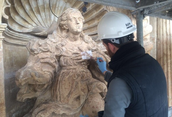 CulturArts IVC+R recupera la policromía original de las esculturas de Raimundo Capuz de Llíria.