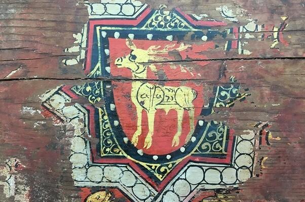 Cultura restaura el artesonado de la iglesia de la Sangre, de Onda, y recupera los escudos que permitieron fechar el templo en el periodo de la Conquista.