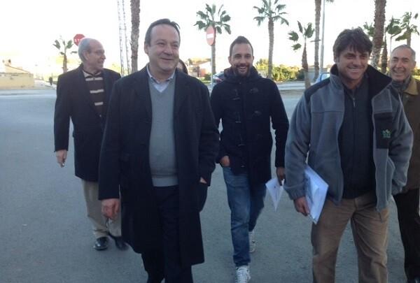El Ayuntamiento realizará mejoras en aceras y asfaltado en Castellar-Oliveral.