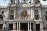El Ayuntamiento reduce a la mitad la cantidad pendiente de pago a los proveedores.