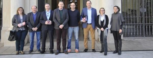 El Premio Oficial del Jurado crece, pasando de 1.500 a 1.700 euros.