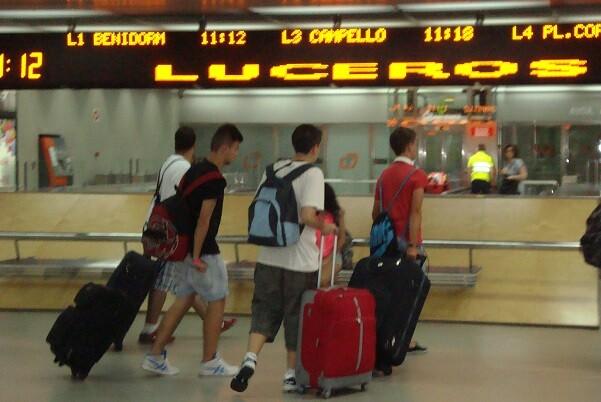 El TRAM Metropolitano supera los 200.000 usuarios procedentes del AVE Madrid-Alicante. - copia