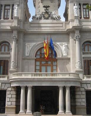 El contrato tendrá un presupuesto máximo anual de 25.000€ y tendrá una duración de dos anualidades.