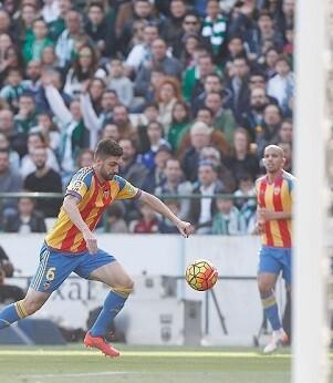 El esfuerzo del los valencianistas no fue suficiente. (Foto-Lázaro de la Peña).