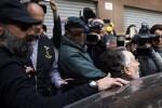 El exvicealcalde de Valencia Alfonso Grau queda en libertad tras declarar ante la Guardia Civil.