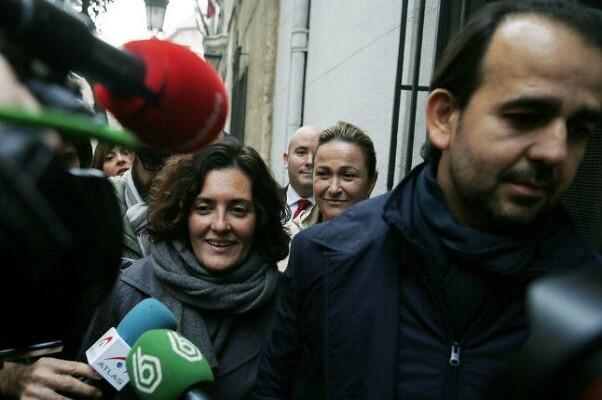 El juez cita a 34 investigados entre asesores y concejales del PP valenciano por blanqueo.
