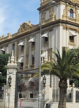 El motivo de la ruptura ha sido el mantenimiento de las competencias y sueldo al alcalde de la Núcia.