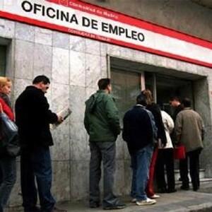 El paro sube en enero en la Comunidad en 6.931 desempleados.