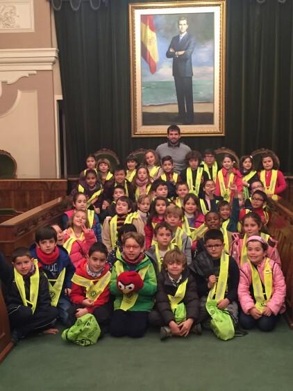 Els alumnes del col·legi Juan García Ripollés han visitat el Palau Municipal