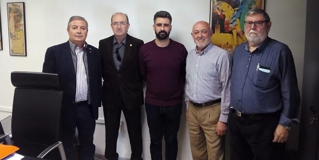 Fuset se reunió con la Junta Mayor de la Semana Santa Marinera.
