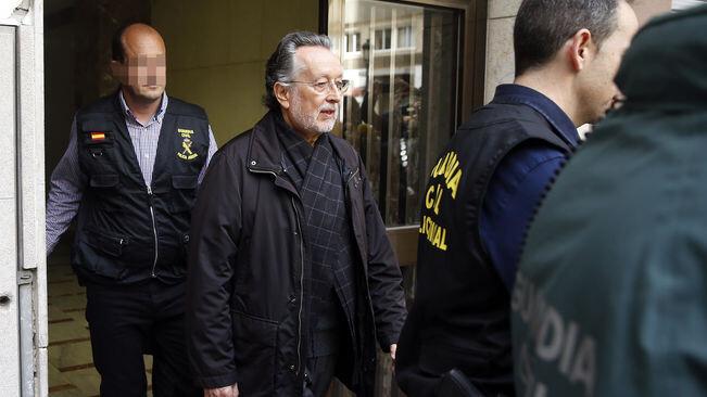 La Guàrdia Civil va requisar a Alfonso Grau rellotges d'alta gamma que podria haver rebut a canvi d'adjudicacions / KAI FÖRSTERLING / EFE